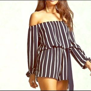 F21 navy striped, off the shoulders romper